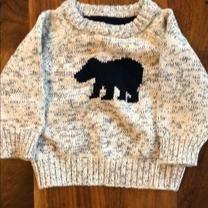 Mint condition knit sweater 3 months